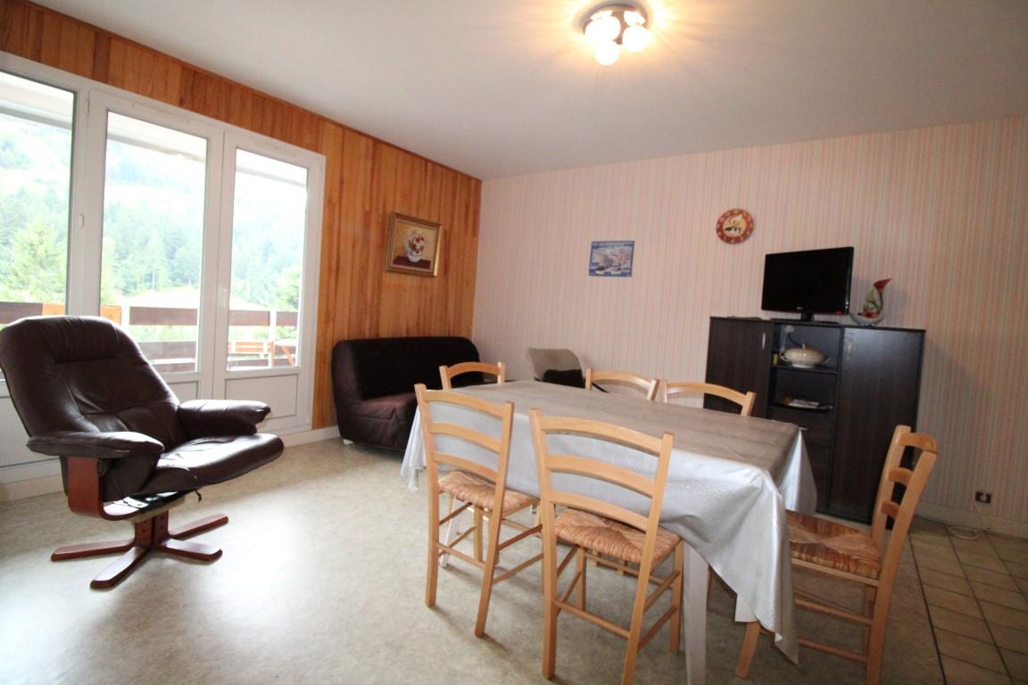 La Bresse, Face aux pistes, Appartement F3 avec 2 balcons