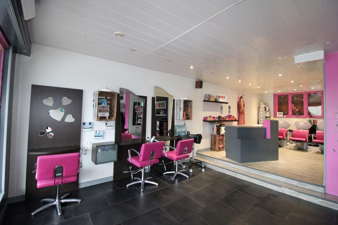 Gérardmer, Fond de commerce : Salon de coiffure