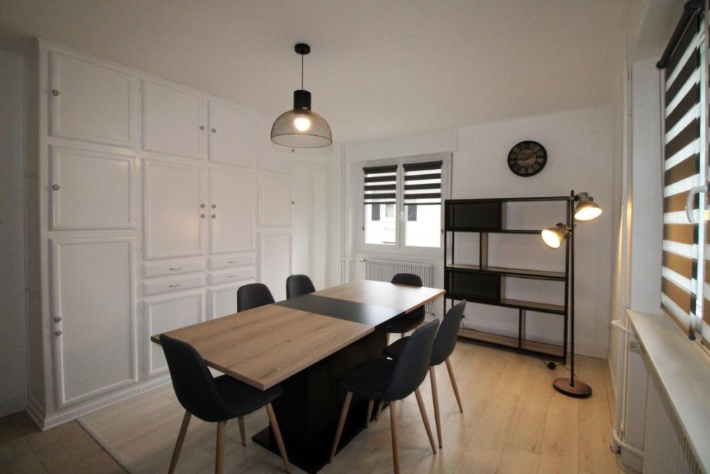 Superbe Appartement F3 entièrement rénové !! A saisir !!
