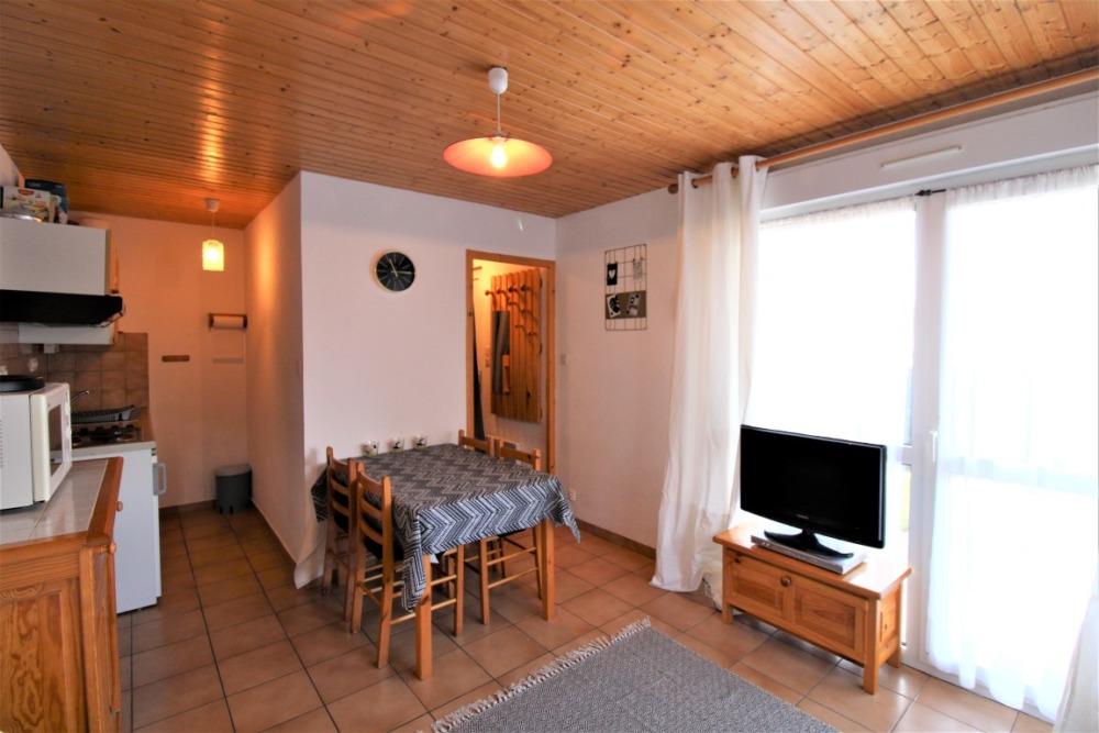 EXCLUSIVITE GERARDMER !! Appartement 2 Pièces avec Terrasse Vue Lac !!